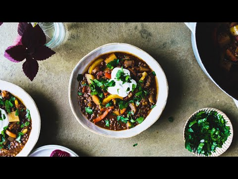 VEGAN GOULASH: COMFORT FOOD FOR TRYING TIMES | Good Eatings