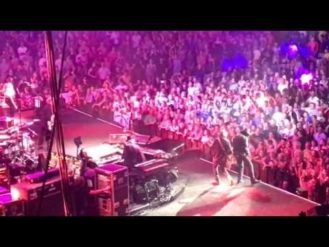 "Tom Petty ""American Girl"" - live at Boston TD Garden"