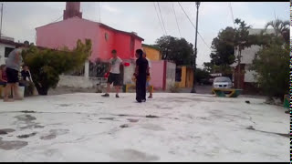 Mexicano madrea a Gringo gandalla pelea callejera | Street fight | Gringo vs Mexicano