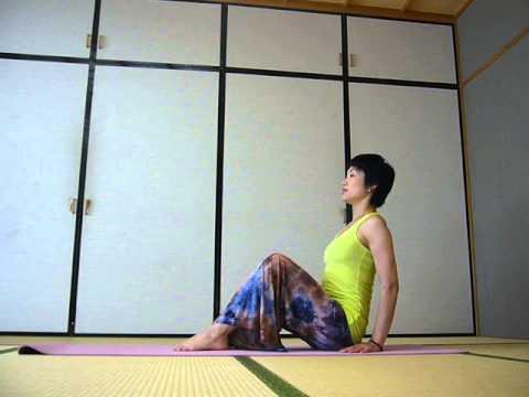 NAVER まとめ引き締め、美姿勢効果大!体幹(コア)を鍛えるヨガポーズ動画集