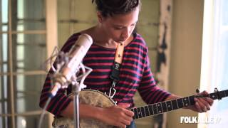 """Folk Alley Sessions: Kaia Kater -  """"Waiting for Nancy/Valley Forge"""" (medley)"""