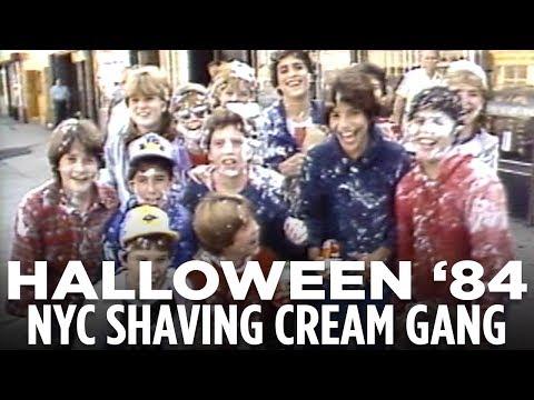 Halloween 1984! NYPD vs. the Brooklyn shaving-cream gang | WABC-TV Vault