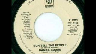 Watch Daniel Boone Run Tell The People video