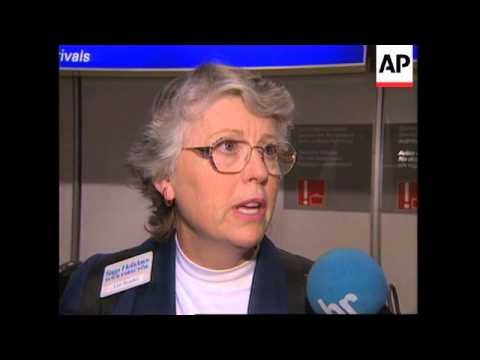 GERMANY: US TOURISTS SAY THEY WERE GLAD TO LEAVE EGYPT