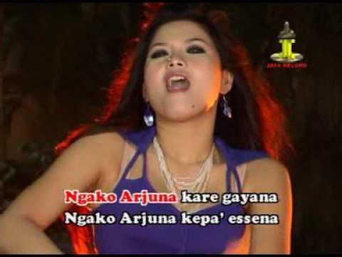 Hot Yessi Kurnia Arjuna Lagu Top Dangdut Koplo Bergetar