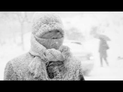 Мощные снегопады во Владивостоке. Город засыпало снегом