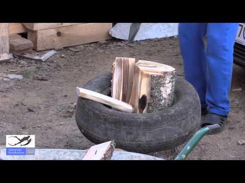Один из Лучших Способов как Колоть Дрова. One of the best ways how to chop wood.