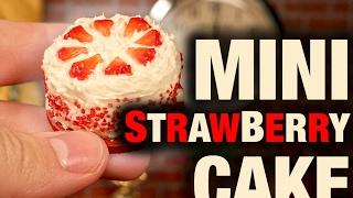 MINI STRAWBERRY CAKE!