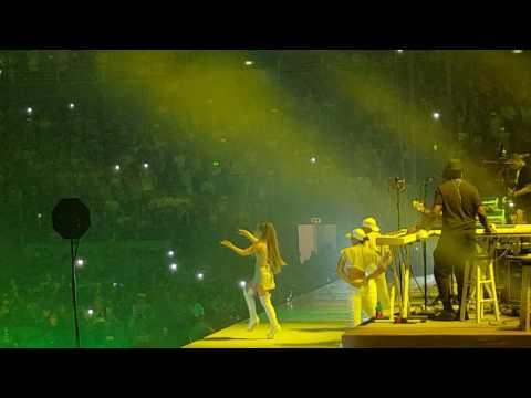 ARIANA GRANDE- GREEDY -FOCUS. DANGEROUS WOMAN TOUR. ROME CONCERT .