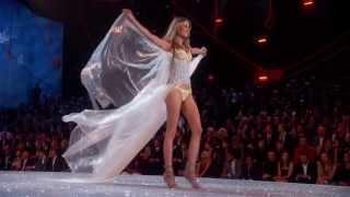 Victoria's Secret Fashion Show 2013 ~ Shipwrecked