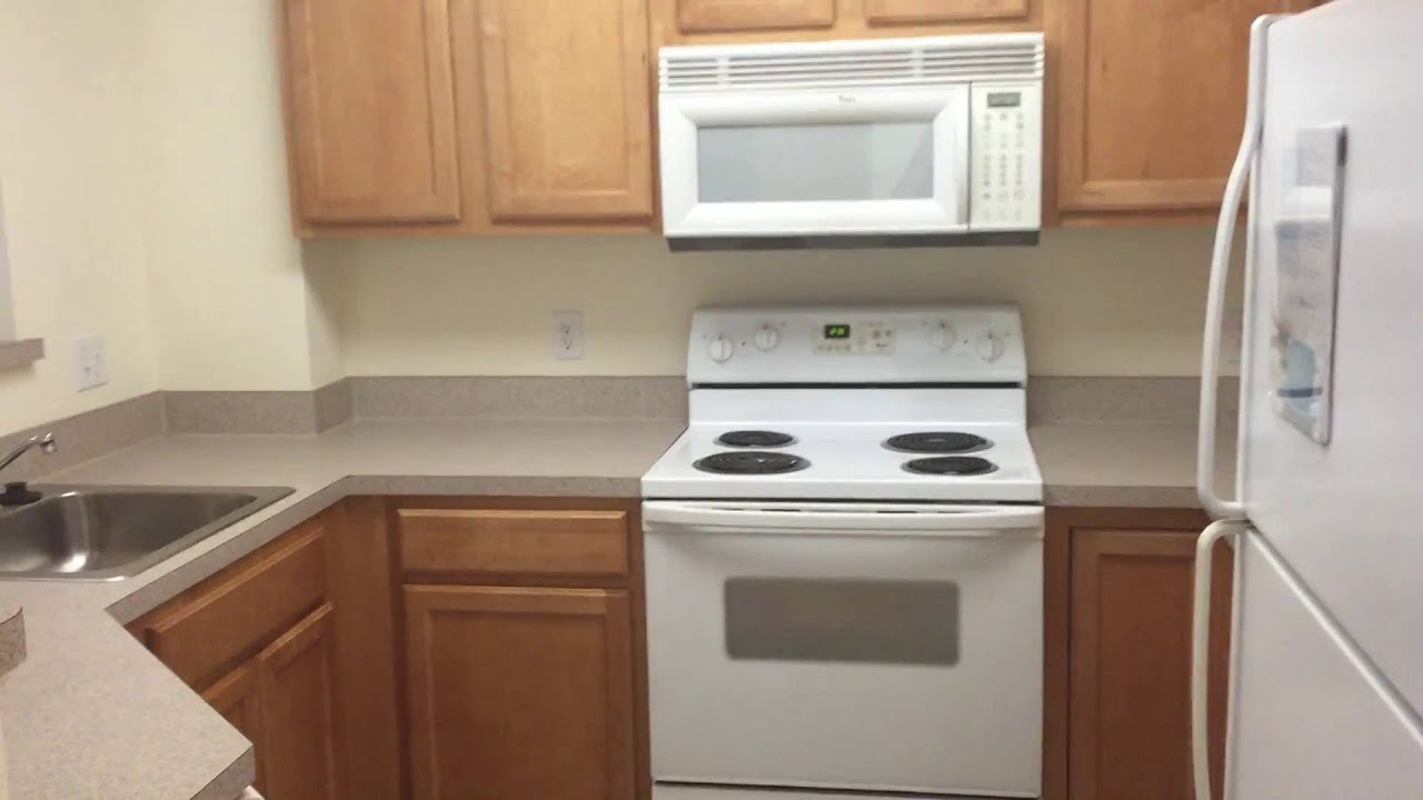 Rosecliff Apartments Quincy Ma 1 Bedroom Bluehills 1a Floorplan Youtube