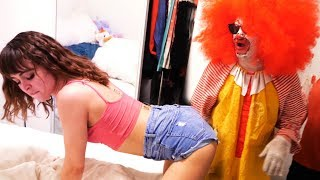 Ronald McDonald meets Riley Reid (18+)