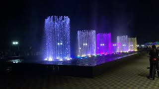Светомузыкальный фонтан с огненным шоу на Имеретинской набережной. Адлер