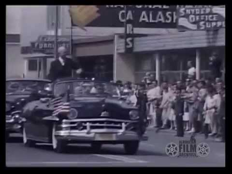 Eisenhower in 1960 Anchorage parade