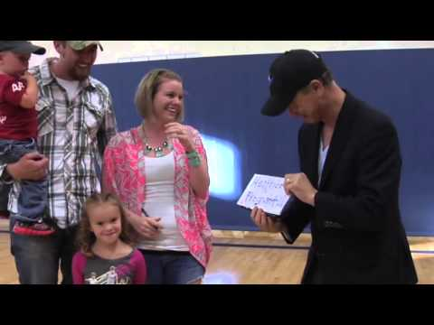 pregnancy announcement by Gary Sinise