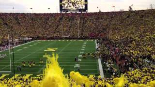 Michigan Stadium crowd sings Journey