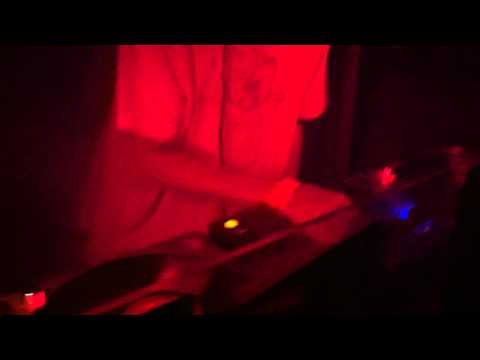 Oneman Plays Girl Unit  Wut Claude VonStroke Remix