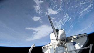Shuttle Discovery (STS131) Over the Americas