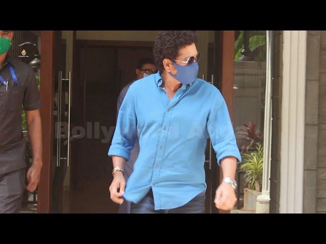 Sachin Tendulkar Spotted At Clinic Bandra