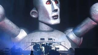 Queen + Adam Lambert: WWRY Intro / Hammer To Fall (Chicago 2017)