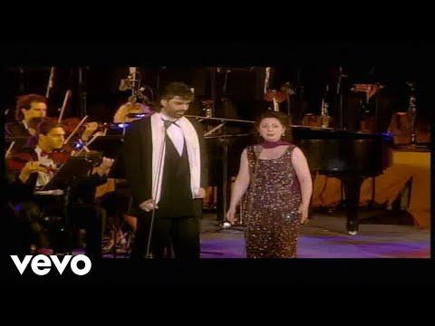 Andrea Bocelli - Brindisi - Live From Piazza Dei Cavalieri, Italy / 1997