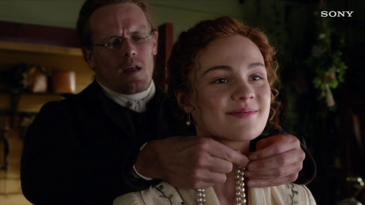 Brianna Jamie S Relationship In Season 5 Of Outlander In The Details Youtube