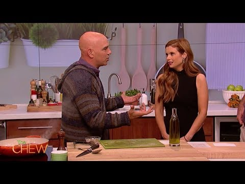 Kevin Probably Saves the World's JoAnna Garcia Swisher on The Chew!
