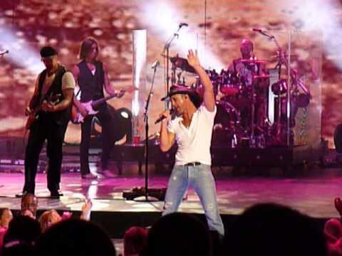 Tim McGraw ~ Things Change ~ Chicago, IL ~ 6-26-10