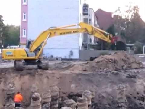 bagger excavator new holland kobelco e215b youtube. Black Bedroom Furniture Sets. Home Design Ideas