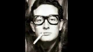Buddy Holly - Love Is Strange (1959)