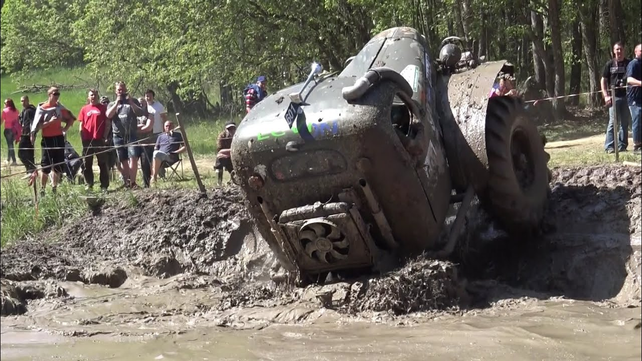 off road truck in water pit in oro 2016 youtube. Black Bedroom Furniture Sets. Home Design Ideas