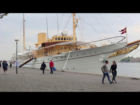 Amaliehaven⛲️Fountain⚓️Harbor🚢Dannebrog Danish Royal Yacht