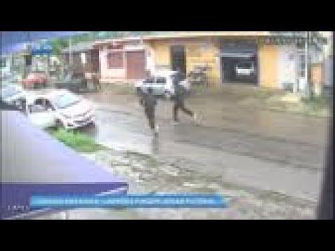 Adolescentes fingem jogar bola para roubar veículos