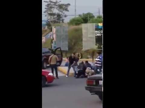 Levantón en el puente de Momoxpan, Cuatlancingo Puebla.
