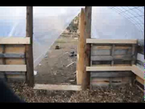 Build a greenhouse w free pallets cattle panels 3 youtube for Build a greenhouse from pallets