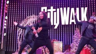 "(HD) Tinashe ""2 On"" @ Universal CityWalk 12/05/2015"