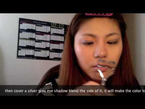 how to make a double eyelid stay