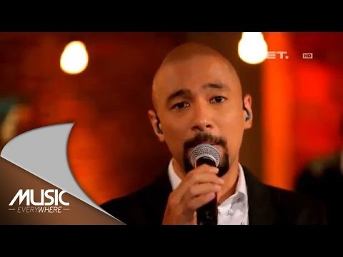 Marcell - Setia - Tribute To Chrisye (Live at Music Everywhere) *