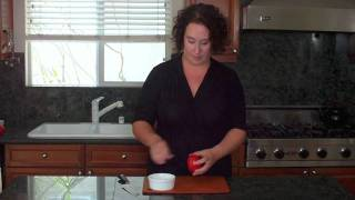 Simple Gourmet's: Life Changing Cooking Tips: Cutting A Tomato For Salsa