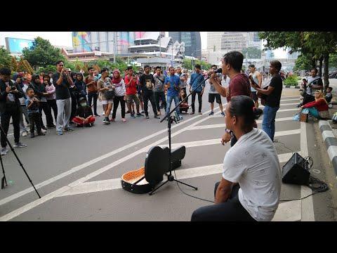 PARCUMA - AMBON ..!!! Bukan Judika Tapi Handsright Bersuara Merdu Dan Tinggi - Live Music CFD