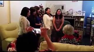 Cựu nữ sinh TV thăm giáo sư Mỹ Yến (2)