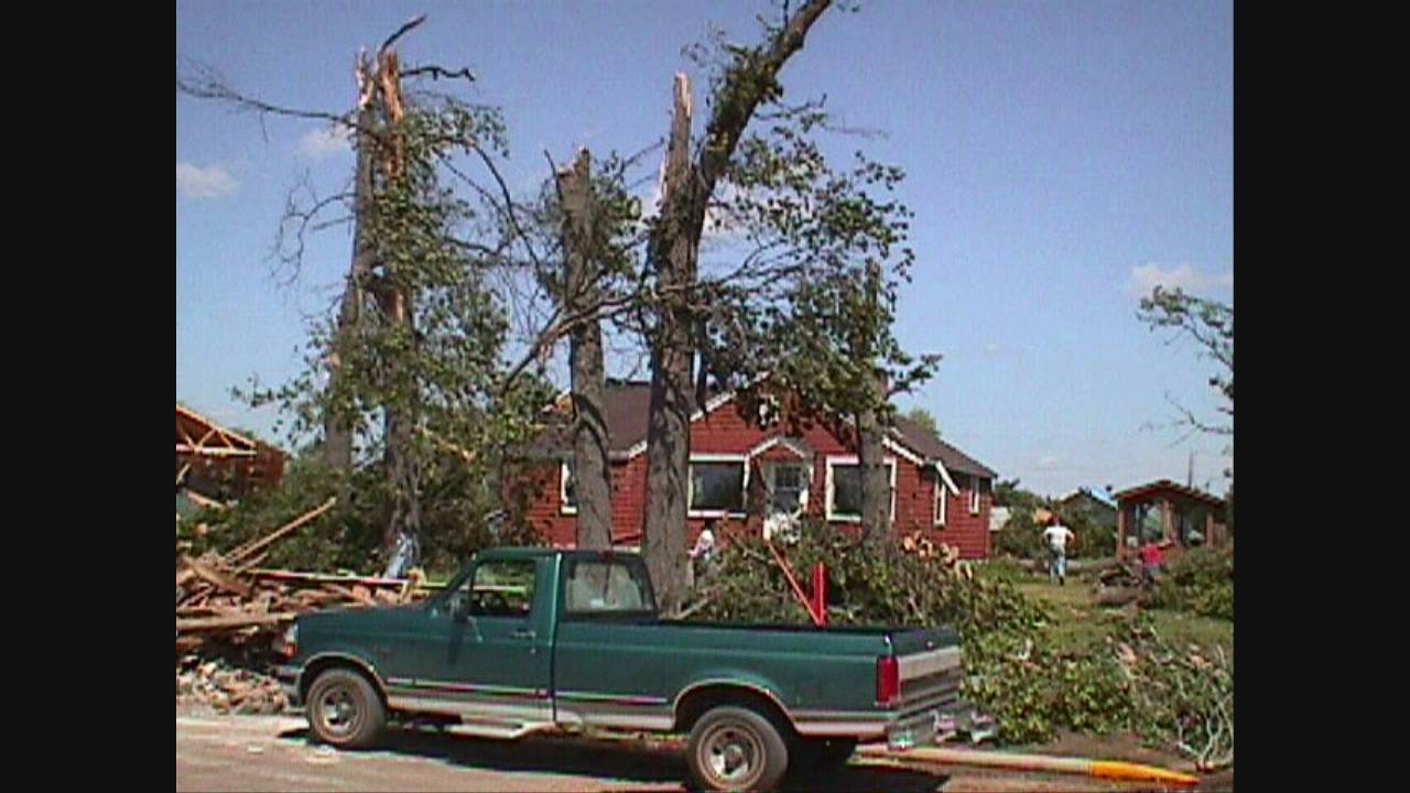 3k In Miles >> Siren Wisconsin Tornado - June 18, 2001 - YouTube