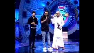"Mallar Performing ""Ek chatur naar"" in Amul Star Voice of India"