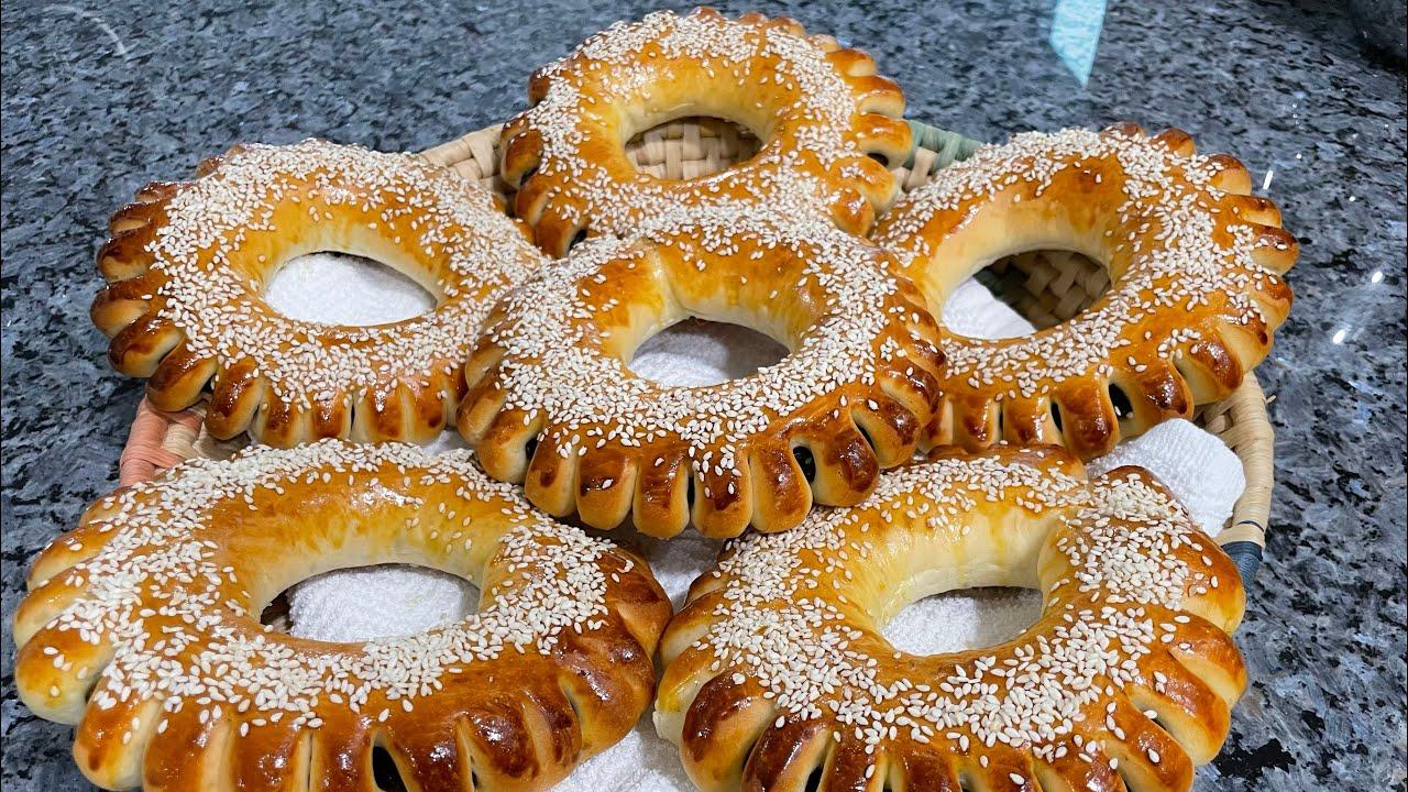 خبز بالتمر والسمسم خبز  المعروك
