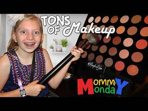 GIRLS DAY OUT! Beautycon LA & Lipstick Challenge || Mommy Monday