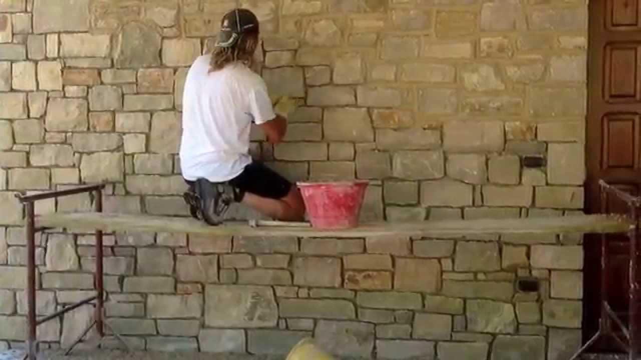 Lavoro in pietra di credaro a basso spessore posato a colla ...