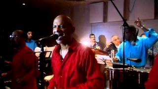 Don Perigñon - Esa mujer es una bomba