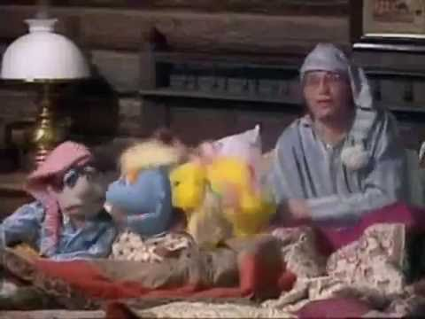John Denver S Grandma Feather Bed On The Muppet Show