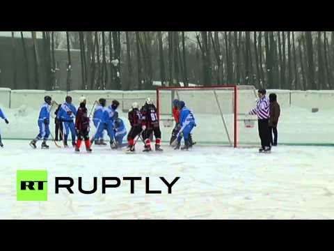 Russia: Somali bandy team fails to score on its debut