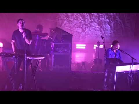 Two Weeks, Grizzly Bear  Paris, Octobre 2017